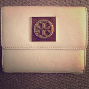 Tory Burch small leather wallet